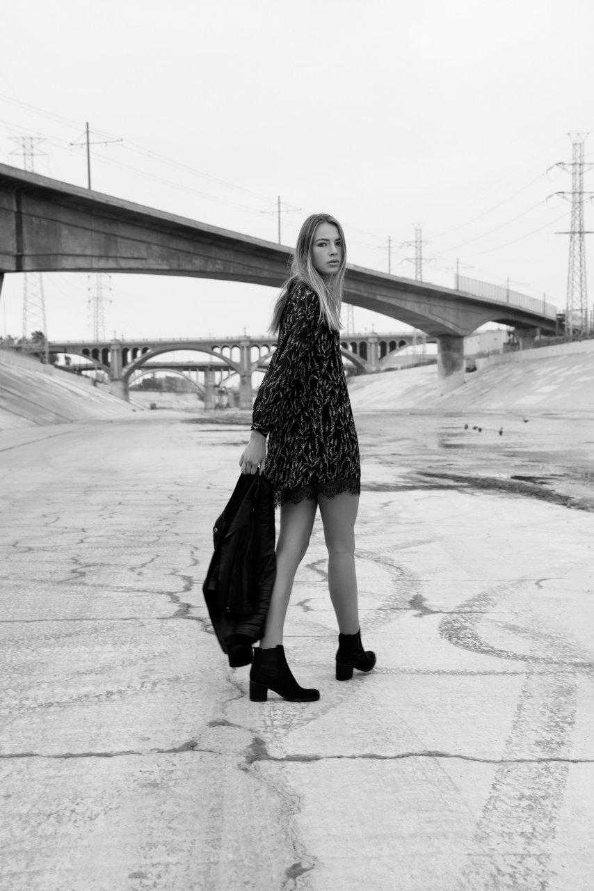 Sous le pont à L.A.