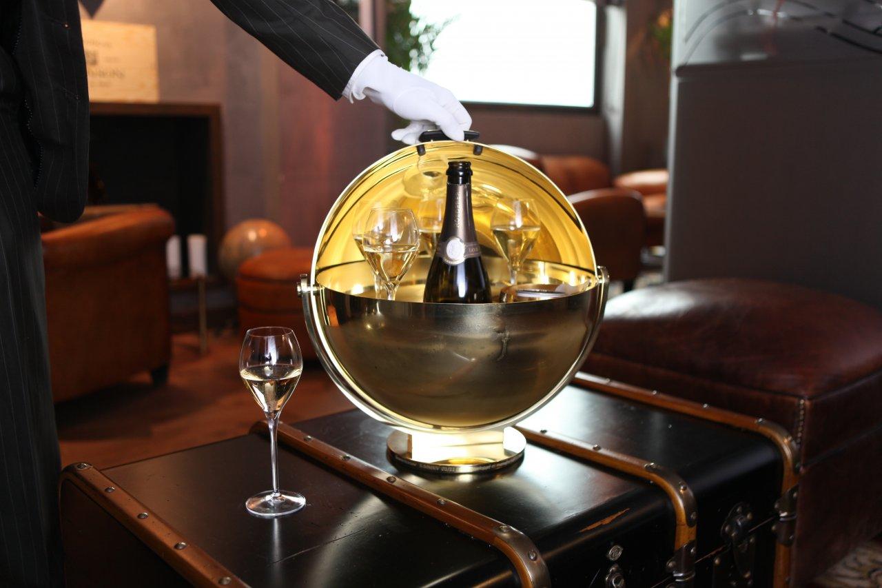 Révérencieuse Paris - Service à Champagne