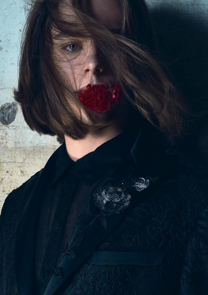 Blood_red_flower