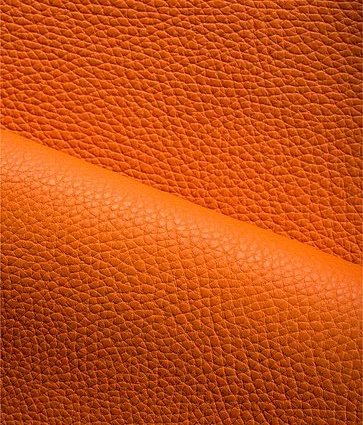 Taurillon orange, cuir G. Lancelot