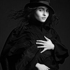ELBC-591-592-Helena-Bonham-Carter.Top-Hat-art-edition--Arrowsmith©