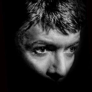 ELDB-676-677-Bowie-ou-of-the Shadows-Art-edition-Arrowsmith©