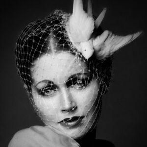 ELVD-683-Beauty-Veil-&-Dove-art-edition-Arroiwsmith©