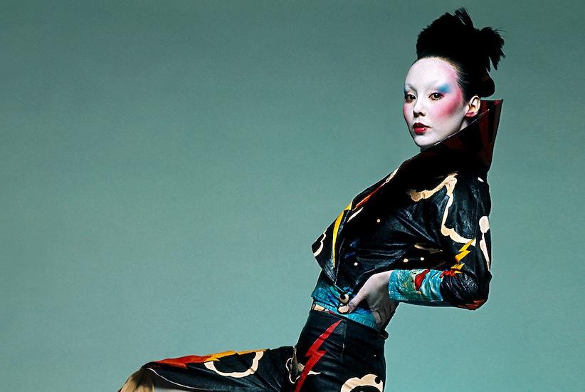 FAKY-731-732-kansai-Yamamoto-Leather-Painted-Dress-Arrowsmith©MaisonSensey